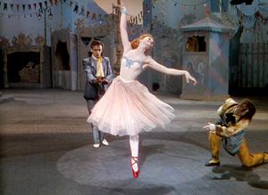 赤い靴01_メイン.jpg